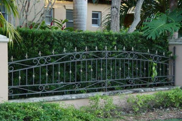 Rejas fierro forjado metalarte el arte del fierro - Rejas para jardin ...